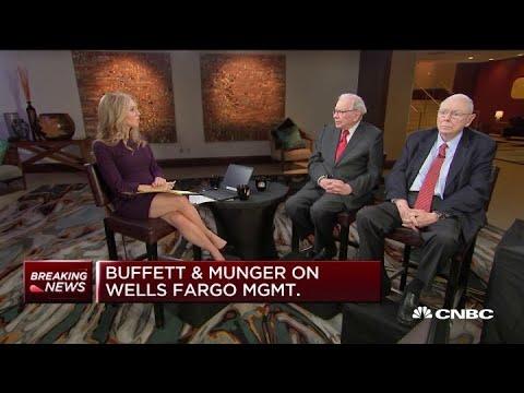 Warren Buffett and Charlie Munger weigh in on Wells Fargo management