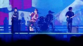 HD Super Junior Henry Lau (SS4 Osaka) Billionaire, Lazy song, lighters solo