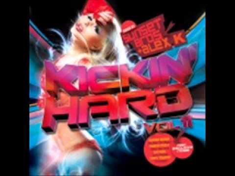 kickin hard vol 11 cd2 track 10 Coma B - DJ Pump It Up