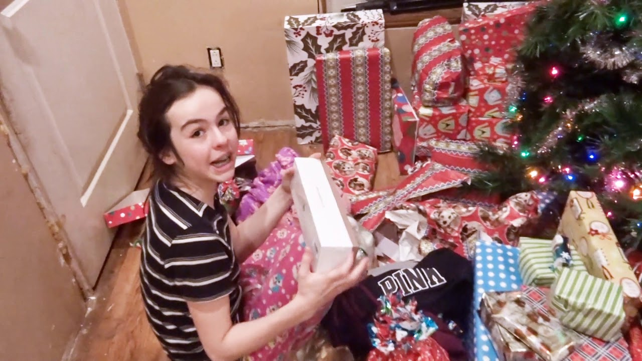 Kids Opening Christmas Gifts 2017 Youtube