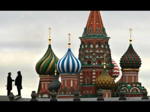 Midnight in Moscow.  Vasily Solovyov-Sedoi  Mikhail Matusovsky  A. Gugliucci, mandolin  and guitar