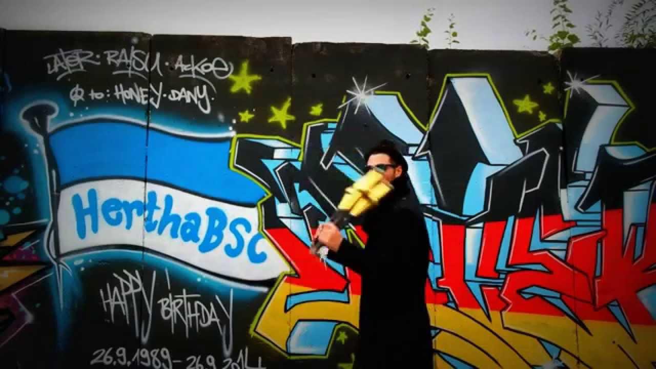Hertha Bsc Graffiti Juggling