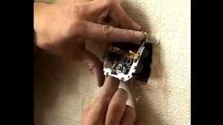 Замена электропроводки в квартире своими руками2(Замена электропроводки в квартире, доме,даче своими руками. http://energoprom.net.ua/ru/news/?nid=215 Кабельный завод Энергоп..., 2013-01-21T07:25:19.000Z)
