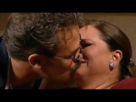 Pedro Medina beija Carlota. Cap 182 parte 3