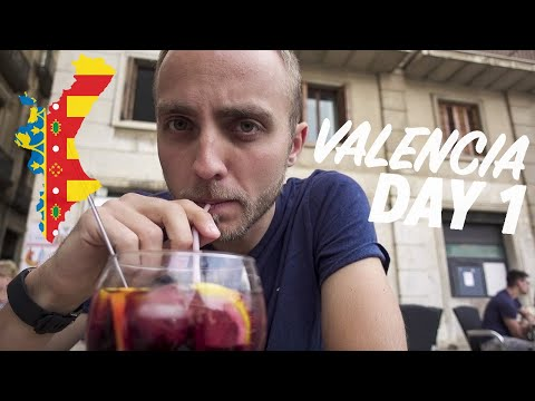 FIRST IMPRESSIONS OF VALENCIA! 🇪🇸 Spain Day 1