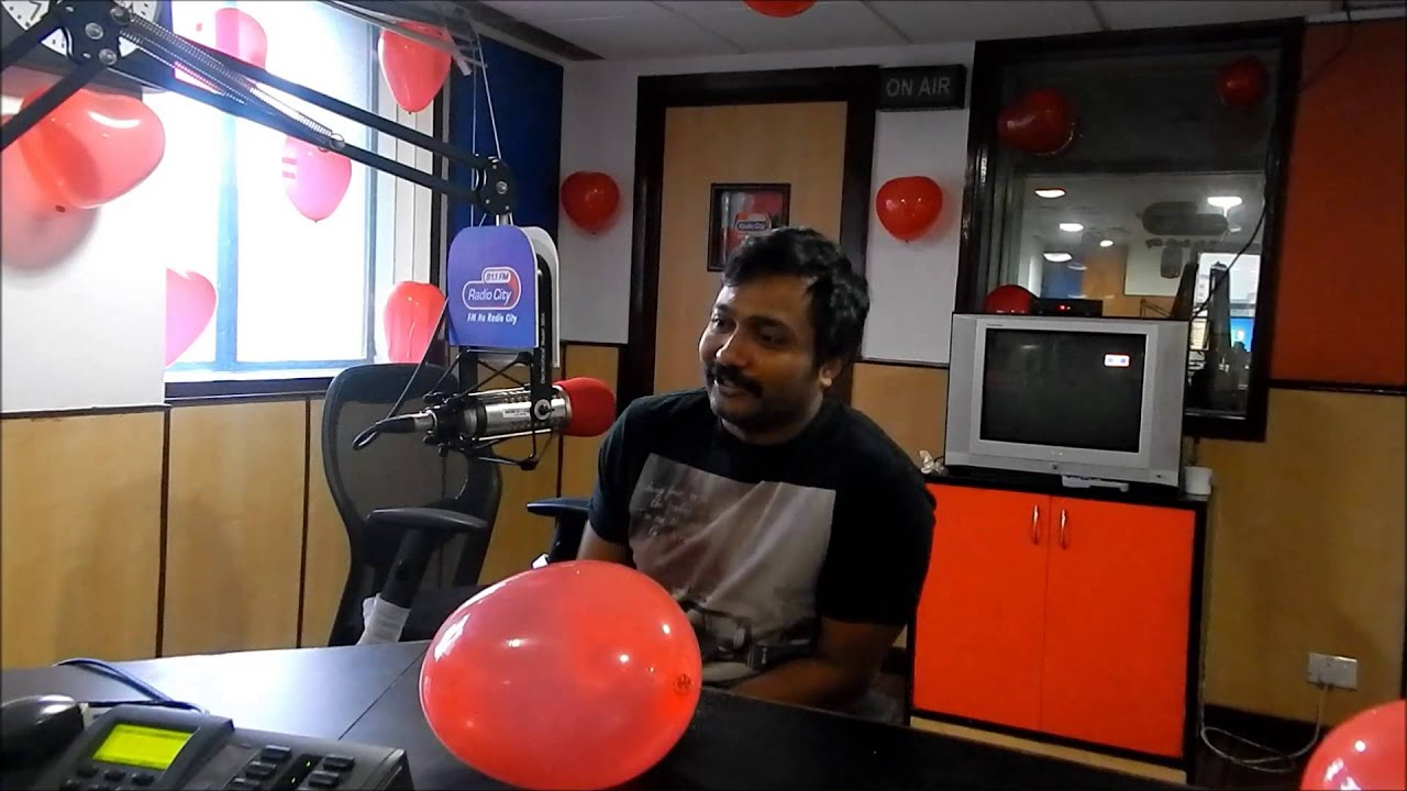 Actor Bobby Simha As Radio City Love Guru Radiocity 91 1 Fm Youtube