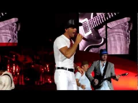 Tim McGraw NEW SONG Truck Yeah! Atlanta GA 6-3-12 HD