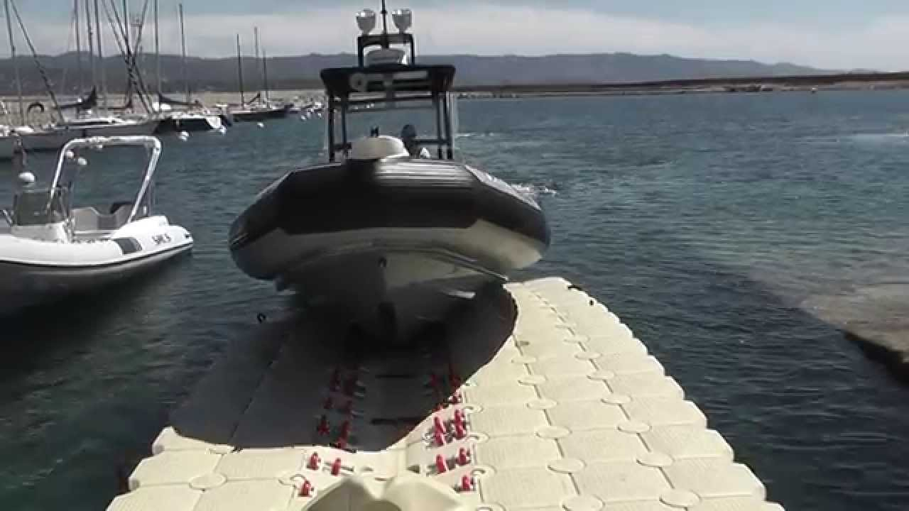 Floating Boat Lift - modular and easy to install
