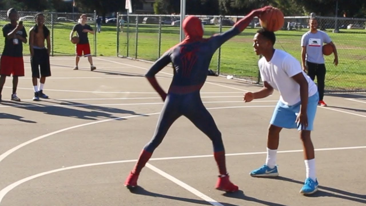 Spiderman 1v1 Ballin' in The HOOD.. (UNSEEN 1v1 Raw Footage)