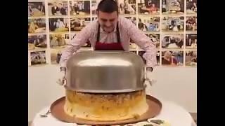 турецкий повар Бурак Оздемир готовит плов. #cznburak Turkish chef Burak Özdemir