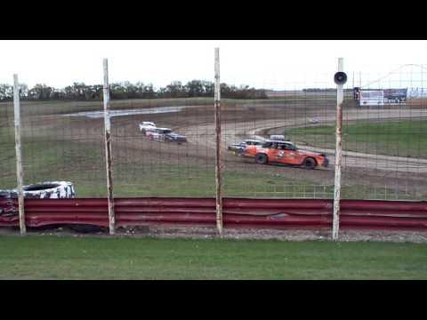 101 0754 Devils Lake Speedway 2015-10-03 Street Stock Heat 2