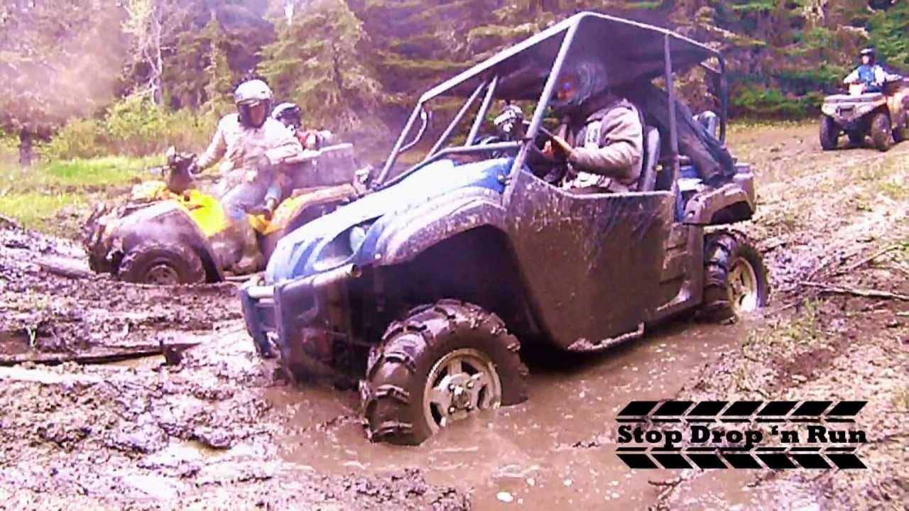 Yamaha rhino 4 seater mudding 4x4 side by side mud pit for Yamaha side by side 4 seater