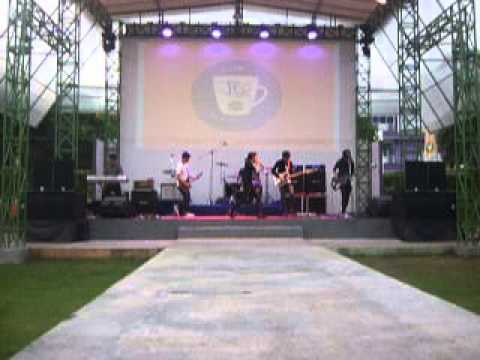 NOTEND - HAPPY BIRTHDAY (LIVE JEC 2013)