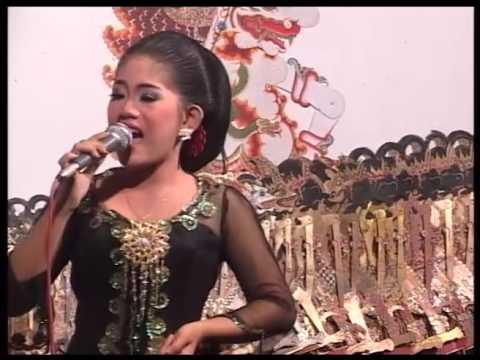 Karangkates Voc. Putri Live Ki Rudi Gareng