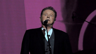 Don Henley Introduces Desperado at Tribute to Linda Ronstadt