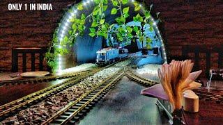 India's 1st TRAIN Restaurant 🚂 | Guwahati | 😮