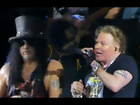 Guns N Roses play 1st live show of 2019 Hollywood Palladium Sept 21 - setlist - video posted!