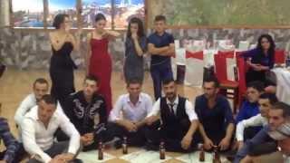 Gjovalin Shani-Kenge per Kol Gjonin e Shoshit live tek Bar Restorant Antika