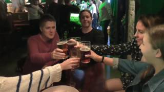 Party review Denmark - Wall Street pub København