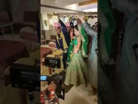 Indian Bride Dancing on Mere Saiyaan Superstar Song