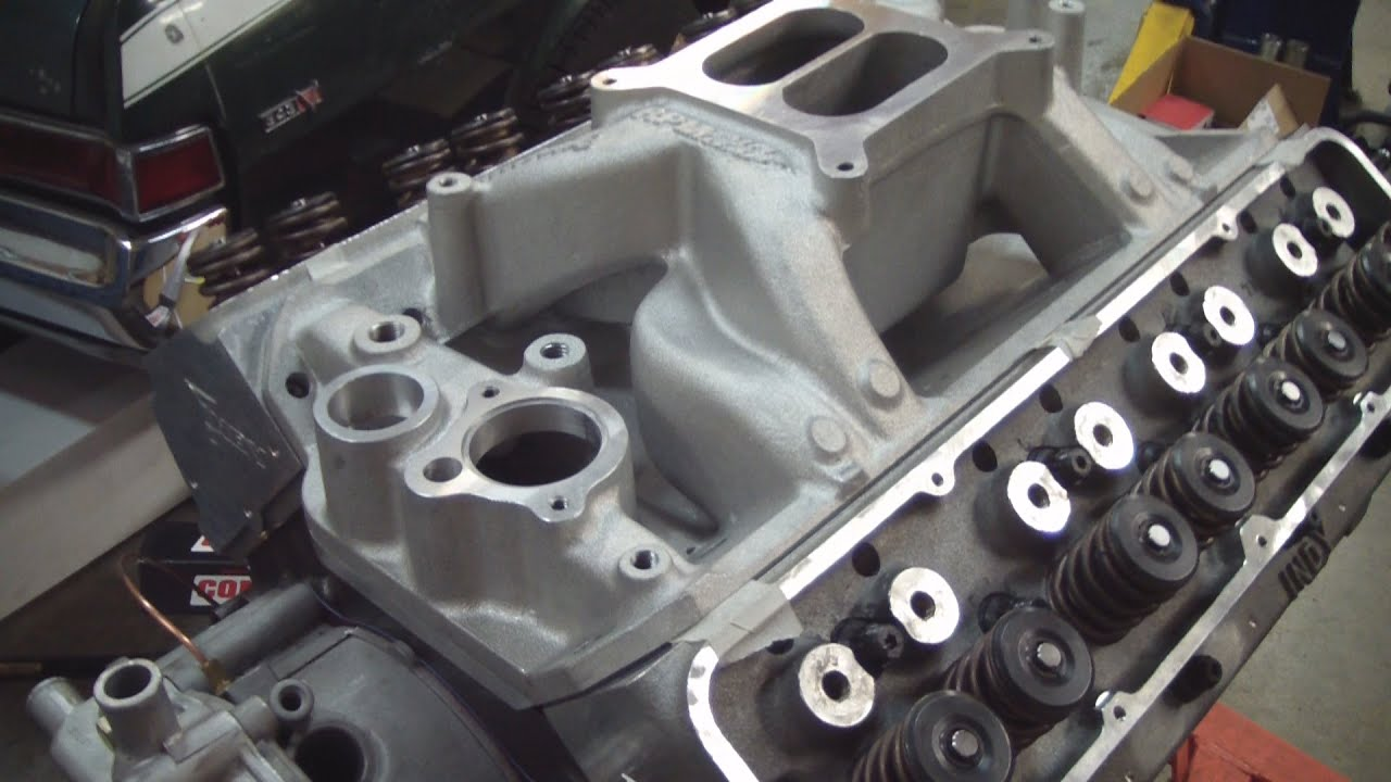 AMC Edelbrock Intake Manifold Fit to Indy Cylinder Heads