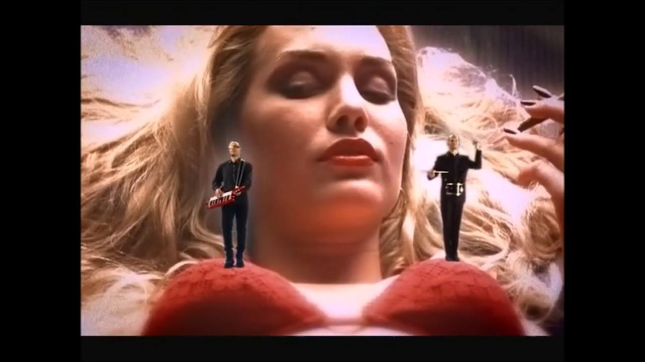 Free giantess video