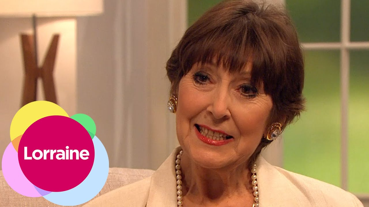 Anita Harris On Cats Cabaret And Carry On Lorraine