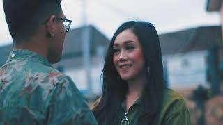 Gambar cover PENDOPO CILACAP NAGIH JANJI - OYEKUSTIK OFFICIAL Feat. DHAVINTA FIRA ( OFFICIAL MUSIC VIDEO )