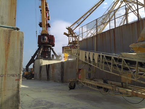 Loading of granulated sulfur