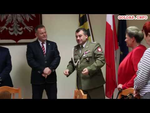 GOŁDAP. Władze powiatu pożegnały dowódcę 15pplot Witolda Kałamarza