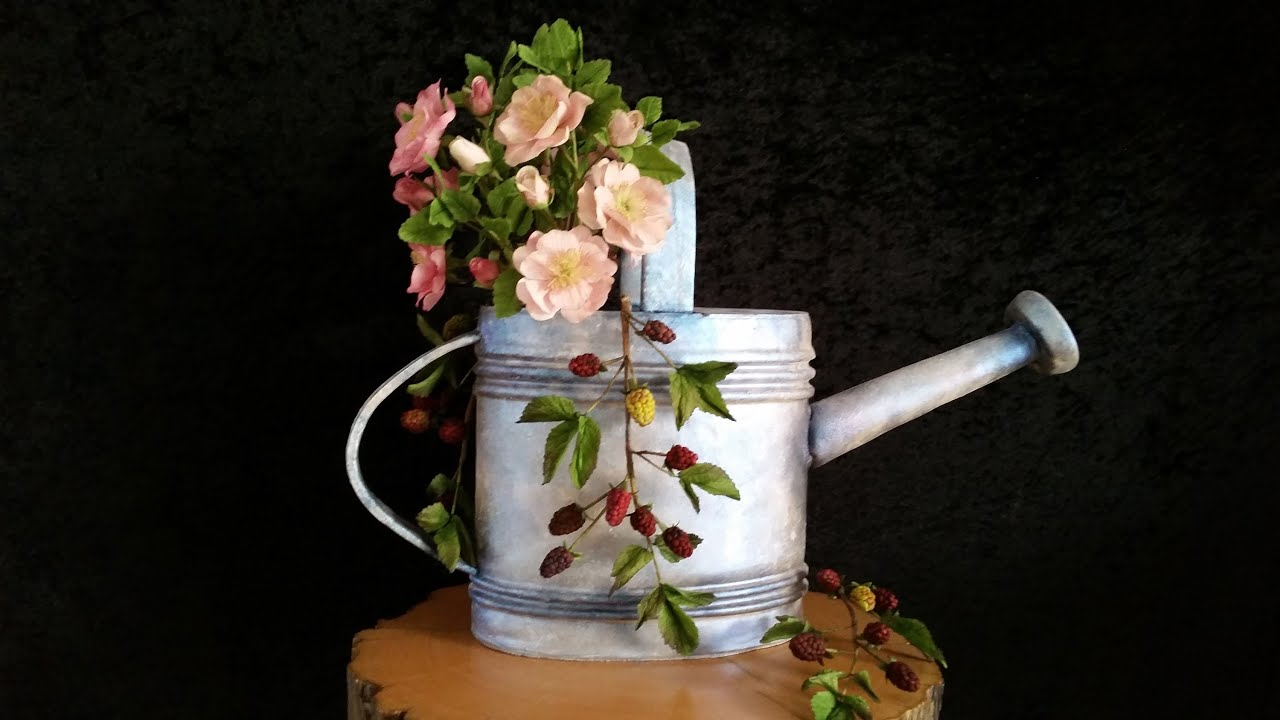 Part one How to make a watering can cake cover and add details
