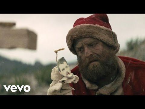 The Killers – Dirt Sledding ft. Ryan Pardey, Richard Dreyfuss