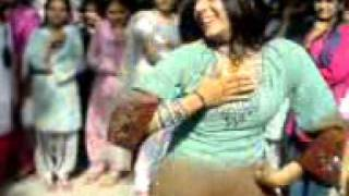 GIRLS DANC UNIVERSTI IN PAKISTAN (0303-7060504).3gp
