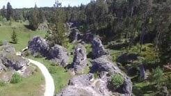 Flug über das Felsenmeer im Wental - Ostalb