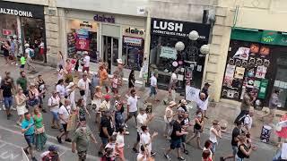 Avignon : entre 3000 et 4000 personnes manifestent contre le pass sanitaire