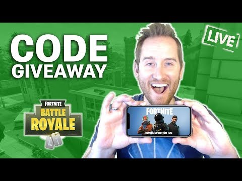 Playing MOBILE FORTNITE  and Giving Away CODES!