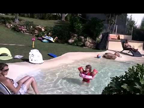 Film technique coquillage nov 2014 youtube for Piscine caoutchouc