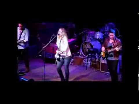 2014 02 20 Clare Dunn Get Out Live