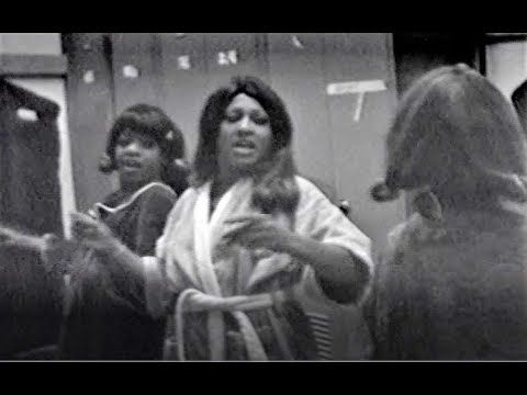 Tina Turner rehearsing with Ikettes in dressing room FASCINATING!