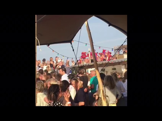 Dale Caña at beach party IJburg 2018