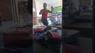 Download Video Penari ular sexy @ macho MP3 3GP MP4