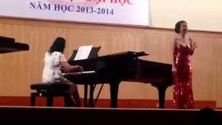 Võ Hạ Trâm - Thi tốt nghiệp Nhạc viện TP HCM (10/7/2014)
