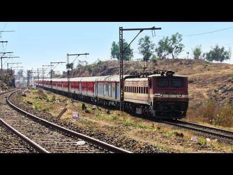 Shining LHB Train - 22511 Kamakhya KARMABHOOMI Express on KHARDI CURVE !!