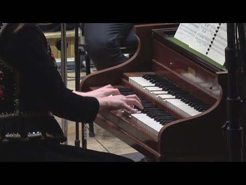 Ewa Mrowca Plays: Francis Poulenc - Concert Champêtre For Harpsichord And Orchestra