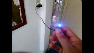 Como fazer um led ligar no fio  USB ?