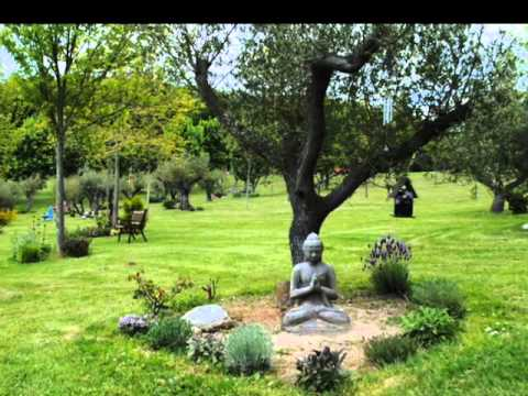Le jardin de m moires youtube for Les jardins de lee