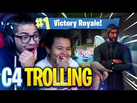TROLLING WITH THE *NEW* C4! LOOT TRAP? Fortnite: Battle Royale 9 YEAR OLD BROTHER WINS! *MUST SEE*