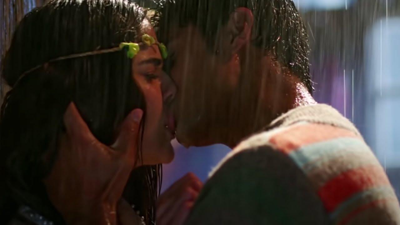 Hot Lesbian Tongue Kissing