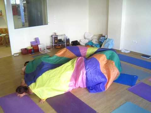 Rainbow Kids Yoga Athens YOGA PARACHUTE DANCE