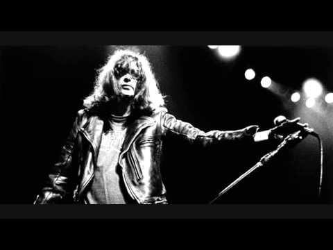 Joey Ramone - Rock The Reservation Festival (Tuba City, Arizona 19-10-1996)
